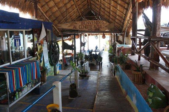 Restaurante Cenote Azul: 01 Entrada al Cenote Azul