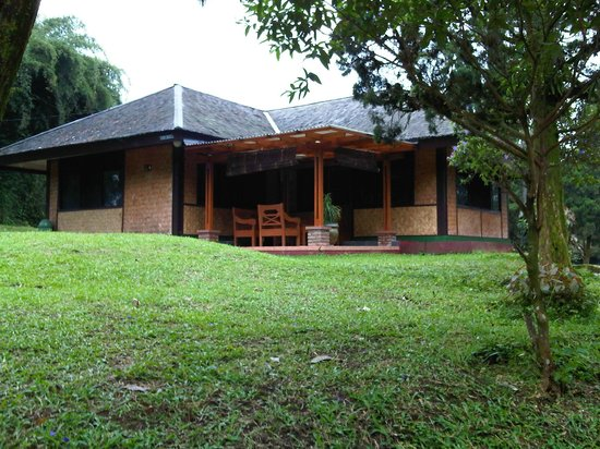 Puspa Sari Hotel Ciater: Villa - quiet and away from the main complex