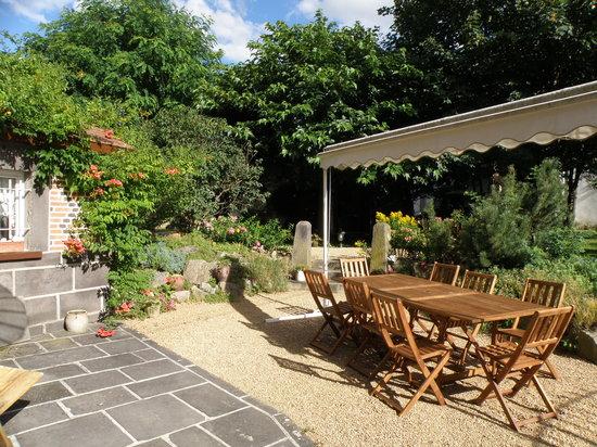 Les Trefles : Terrasse Salon d'été