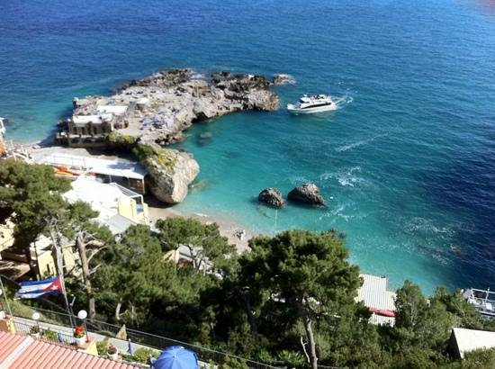 Hotel Weber Ambassador Capri: vista dalla camera 332...:))