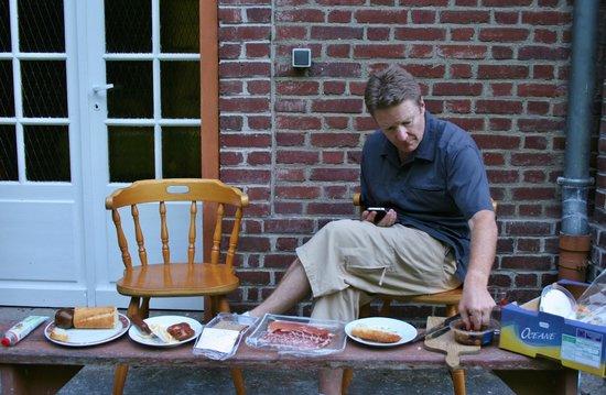 Bernafay Wood: Outdoor dining room