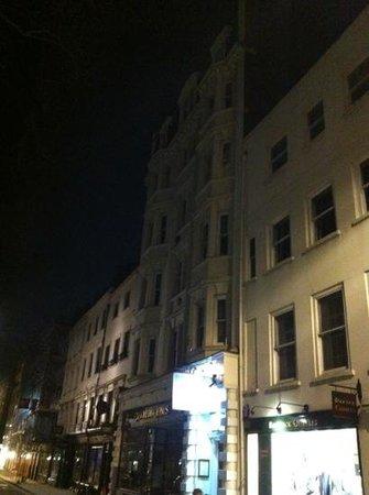 4 Star Hostel: l'auberge