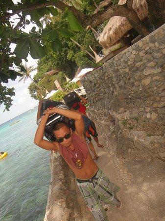 Spider House Resort: the wonderful wonderful philippinos!!!