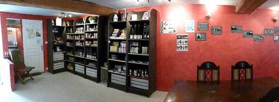 L'intérieur de la Boutique des Truffes de L'Or des Valois