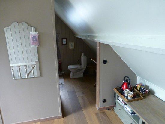 B&B Klein Paradijs: Coin douche/toilette