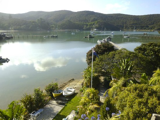 Kawau Lodge: View from the verandah at breakfast time