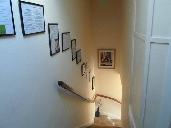 Heathcote Bed & Breakfast: stairs