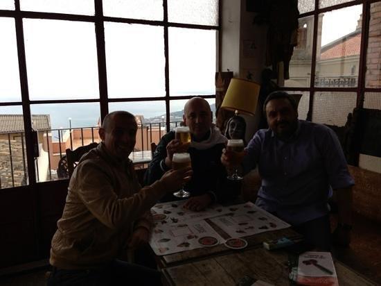 caffe bar Turrisi: ottima compagnia in un ottimo posto