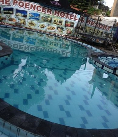 The Poencer Hotel & Resort: small pool