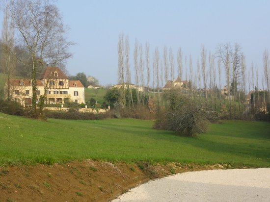 Manoir Petit Meysset : View from the back terrace