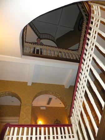 Villa Delle Palme: The staircase