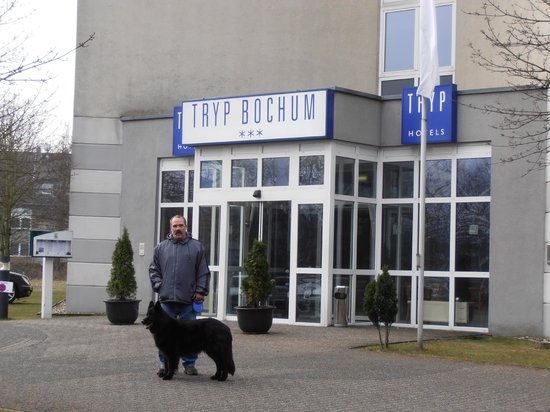 Tryp Bochum-Wattenscheid Hotel: Hoteleingang