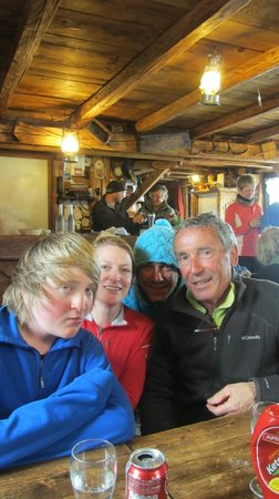 Ecole de ski 360 International : The yummy restaurant Lac de Gers on Les Cascades with Christian and Joce from 360