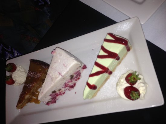 Jetty Restaurant: Dessert trio