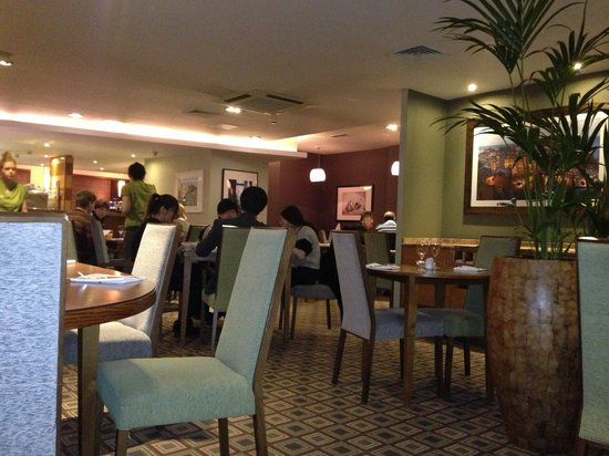 Stresa Kitchen - Coventry: Dining Room