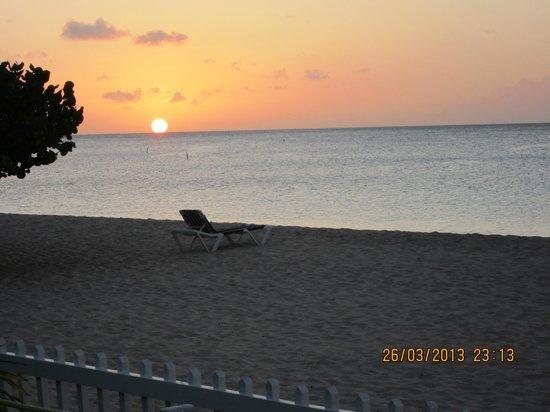 Radisson Grenada Beach Resort: Utsikt fra en av barene