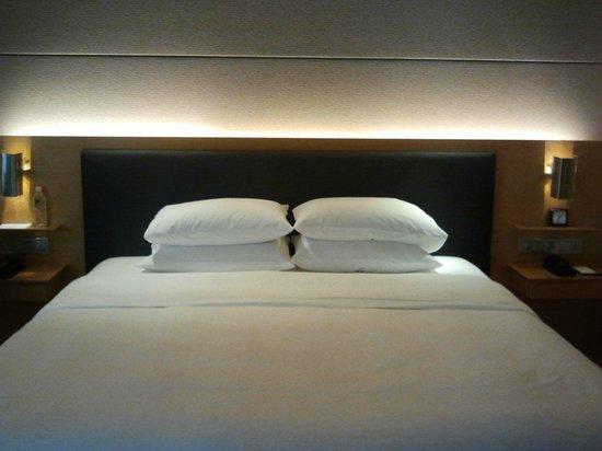 Grand Hyatt Singapore: The comfortable bed