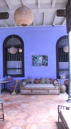 George Town, Malaysia: side courtyard