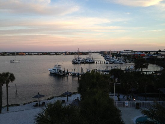 Travelodge Pensacola Beach: Bay view