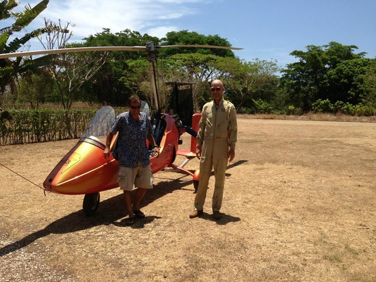 Fly With Us - Ultralight Tours : The pilots