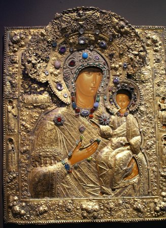 Museum of Russian Icons: Lovely madonna