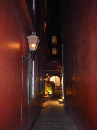 Le Richelieu in the French Quarter : le couloir