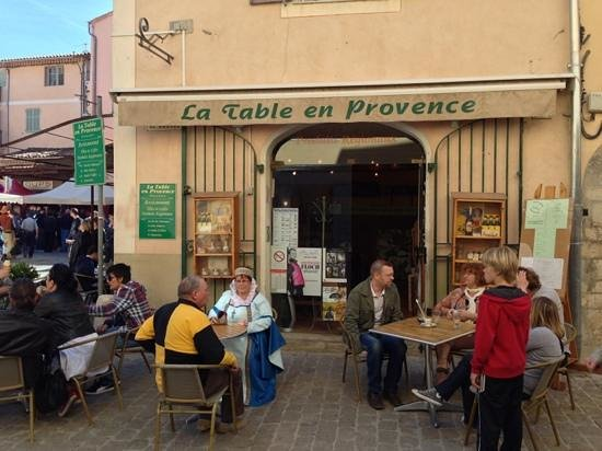 La Table en Provence : Fête médiaval 13 avril 2013
