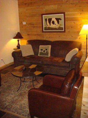 Gruene Homestead Inn: The sitting area