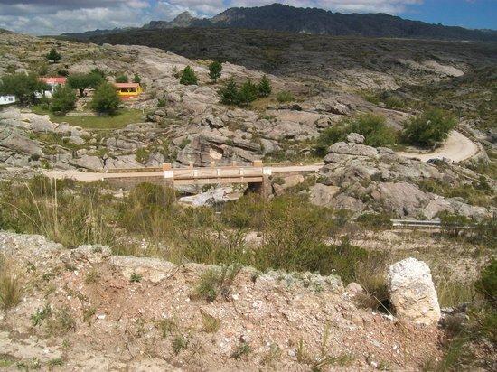 Los Gigantes: puente sobre el yuspa
