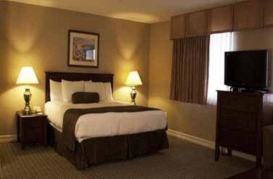Tuscany Suites & Casino: Executive King Suite