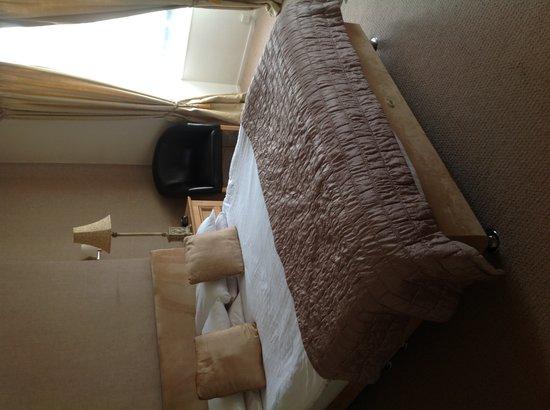 Alston House: Room 4