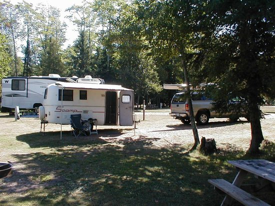 Apostle Islands National Lakeshore: Little Sand Bay campground