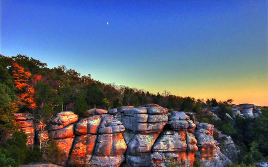 Buncombe, IL: Garden of the Gods