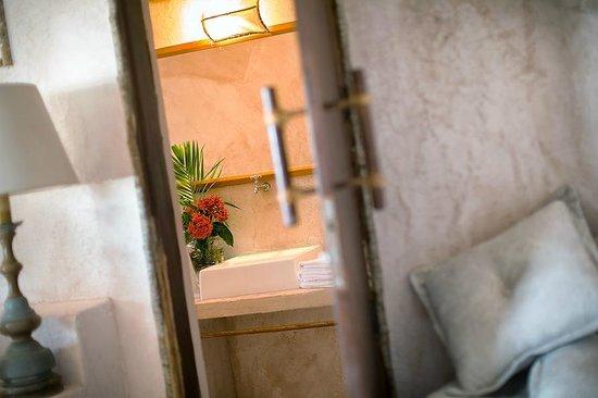 Casa de Areia: 12 Banho