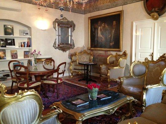 Alchymist Prague Castle Suites: Library Room