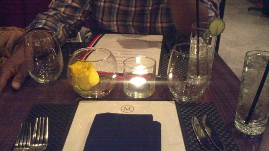 M Bistro and Wine Bar: table setting with roses