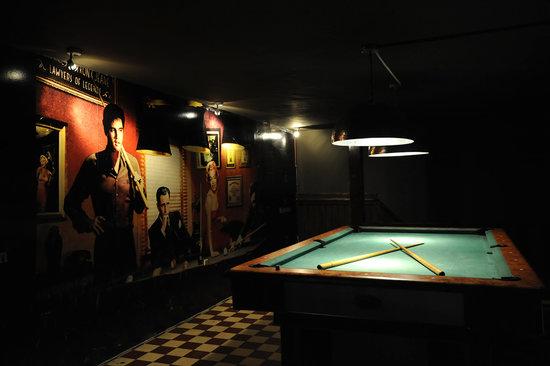 Cafe de Tijd Curacao : Pooltable