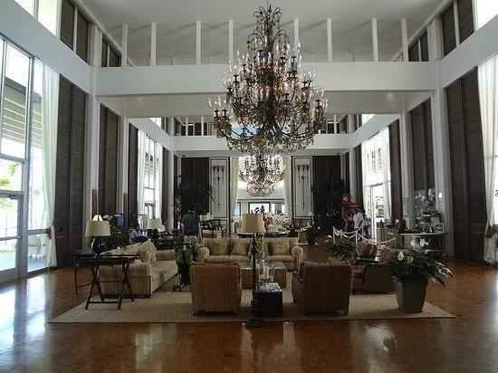 The Kahala Hotel & Resort: ロビー