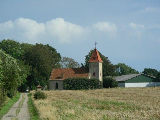 Baago Kirke