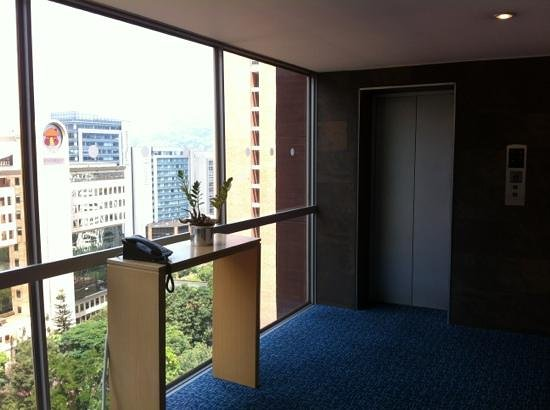 Hotel Estelar Blue: ascensores