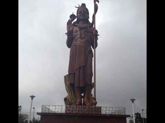 Casuarina Resort & Spa: statua Shiva dio Indu