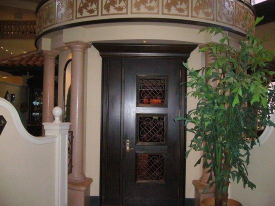 The Venetian Chop House : Venetian Room entrance