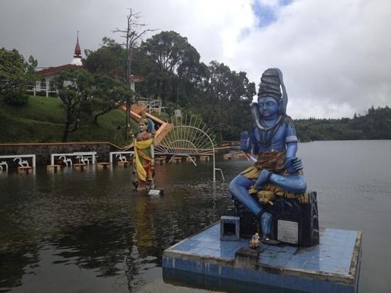 Casuarina Resort & Spa: Shiva lago tempio Indu