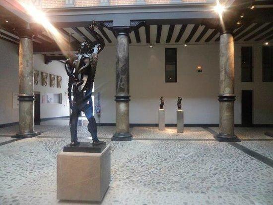 Museo Pablo Gargallo: Impresiona