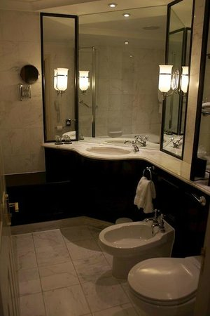 Macdonald Bath Spa Hotel: Bathroom