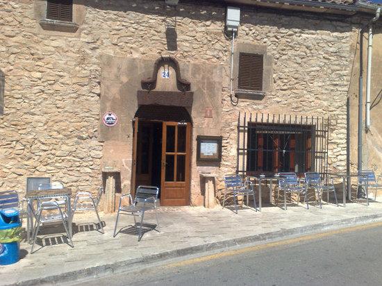 Celler Bar Randa: Restaurant Celler de Randa