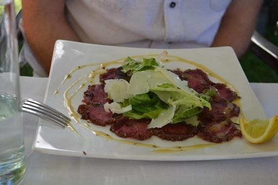 Pomegranate Restaurant : Carpaccio ... delicious!