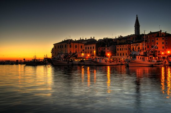 Villa Tuttorotto: Rovinj at night