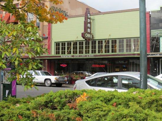 McMenamins Spar Cafe : Spar Cafe Bar & Tobacco (McMenamins)
