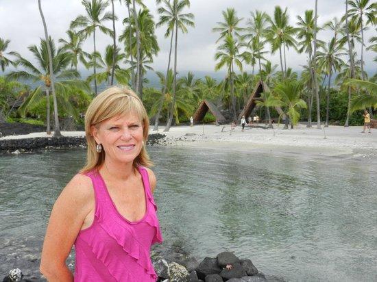 Pu'uhonua O Honaunau National Historical Park: Sue at the lagoon Place of Refuge, Hawaii.